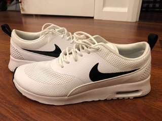 Nike Air Max Thea size 8.5 US