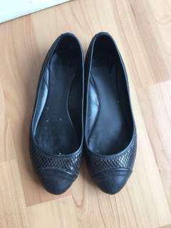 Les Femmes Flatshoes