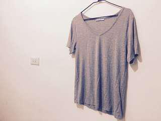 🚚 Pull&bear 莫代爾棉T Tshirt