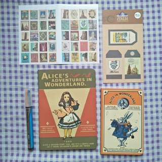 (Free Shipping)Alice in Wonderland VINTAGE STATIONERY SET