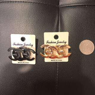 🚚 歐美黑色金色小香風貼式耳環