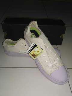 Sepatu Converse #MauiPhoneX