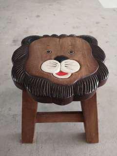 Rustic lion stool for kids