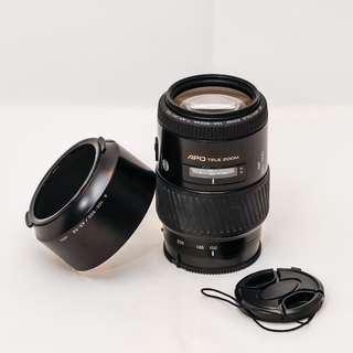 Minolta APO TELE ZOOM 100-300mm f/4.5-5.6 Sony A Mount