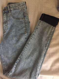 Pull and bear (skinny and high waist)