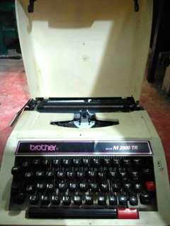 Mesin Tik Brother M 2000 TR