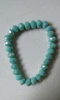Gelang manik biru turquoise