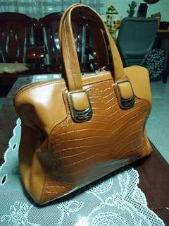 omar sharif leather bag