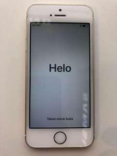 Cheapest Negotiable Apple iphone SE 16gb gold