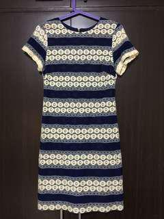 Cln lace dress
