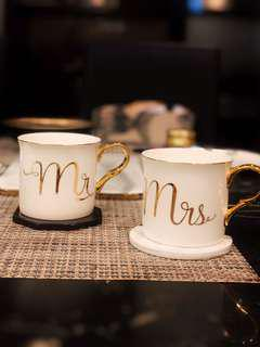 Mr & Mrs Gold Mugs - comes in a pair