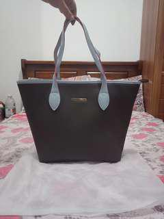 Nonbranded fashion tote bag