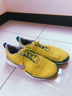 Nike 運動鞋 慢跑鞋 螢光黃綠色 亮色