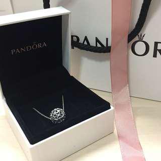 Floral-pendant Pandora Necklace