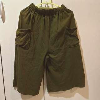 🚚 墨綠色雙口袋寬褲