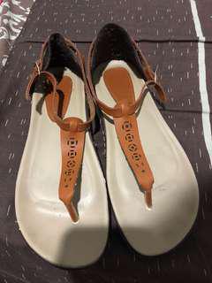 Sepatu sandal vintage icon ninety 9