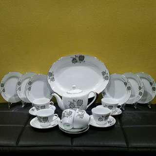 Vintage Tea Set Bunga Padi