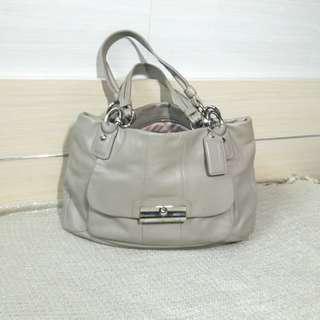 Coach soft leather handbag😚😚