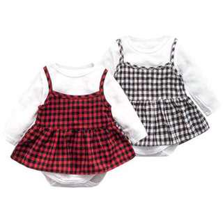 🚚 【 CLEARING STOCK 】 【 SALE 】【 BABYWEAR 】【 CLOTHING 】【 GIRL】PC000158 CHILDREN BABY GIRL BLACK & RED CHECKERED PATTERN DRESS WITH WHITE ROMPER A SET (2PCS)