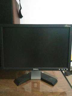 DELL MONITOR 18 inch Super Canggih