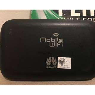 Huawei E5573s-320 Unlocked 150 Mbps 4G LTE & 43.2 Mpbs 3G Mobile WiFi, Black