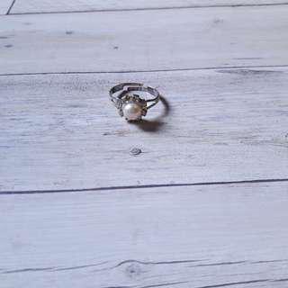🚚 古著珍珠戒