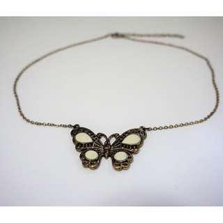 蝴蝶圖案頸鍊
