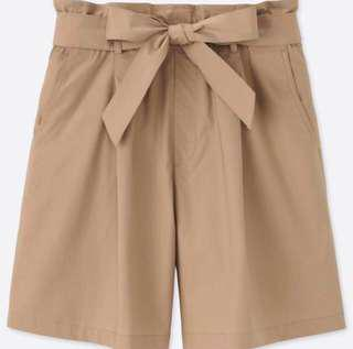 Uniqlo high rise belted short S
