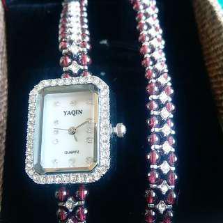 石榴石水晶錶