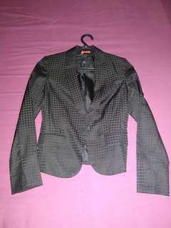 Blazer Hitam Zara
