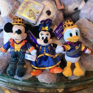 PO HK Disneyland Halloween mickey, minnie, Donald plush keychain