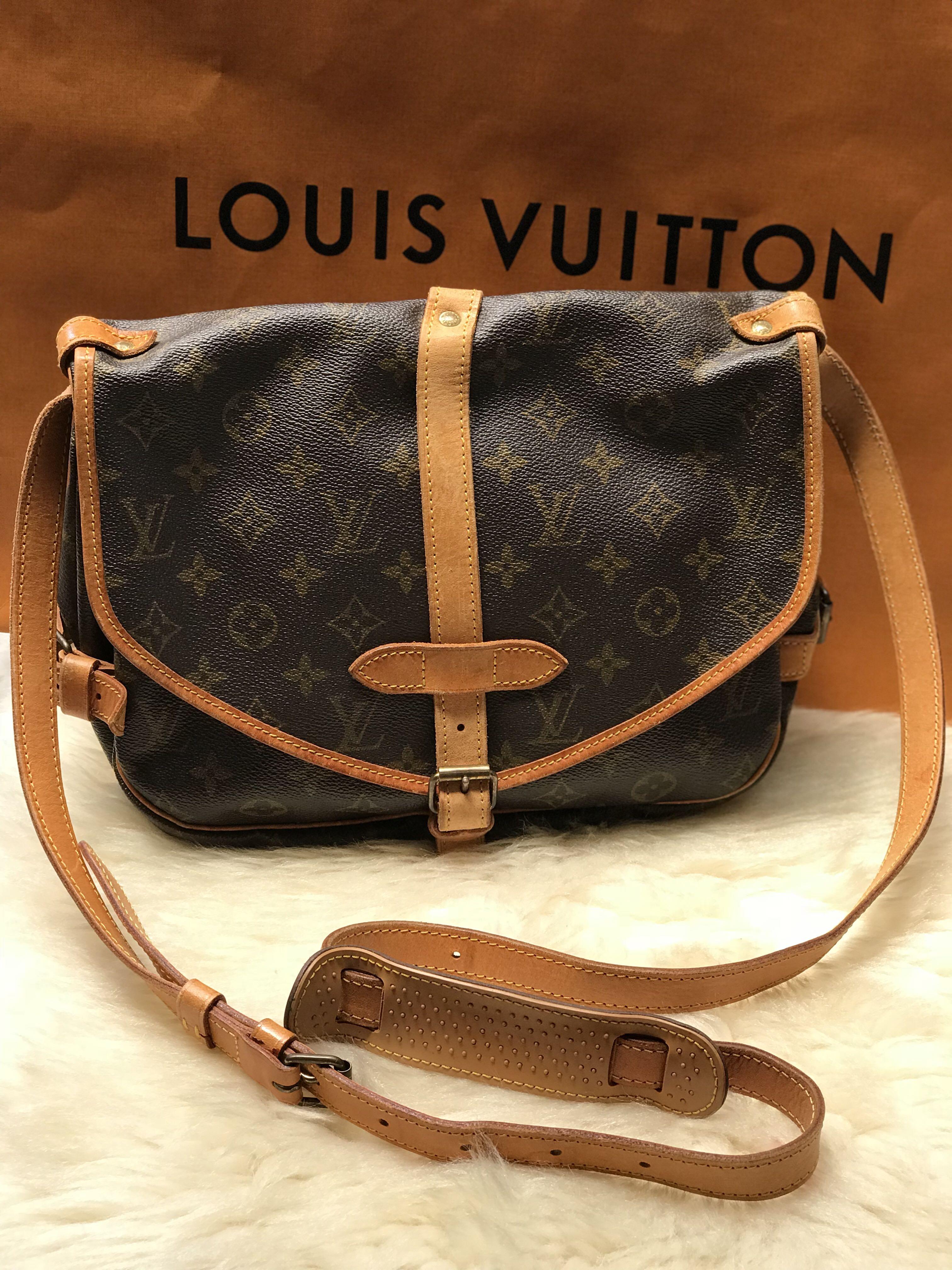 55c106fc551c Authentic Louis Vuitton Saumur 30
