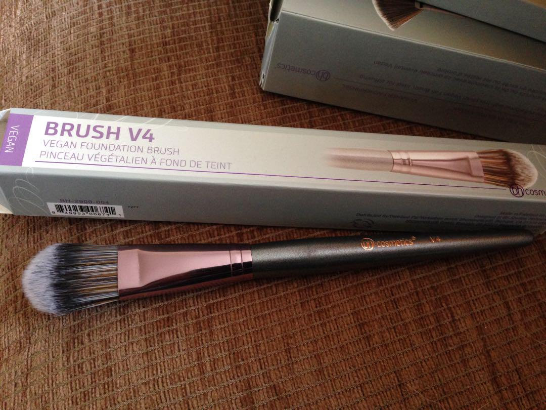 Bh cosmetics foundation brush