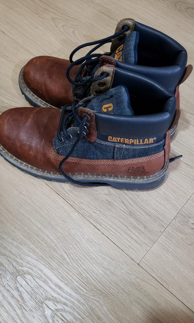 Caterpillar boots