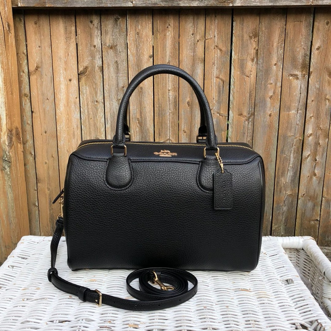 33aff57c1d19 Coach Pebbled Leather Large Bennett in Black