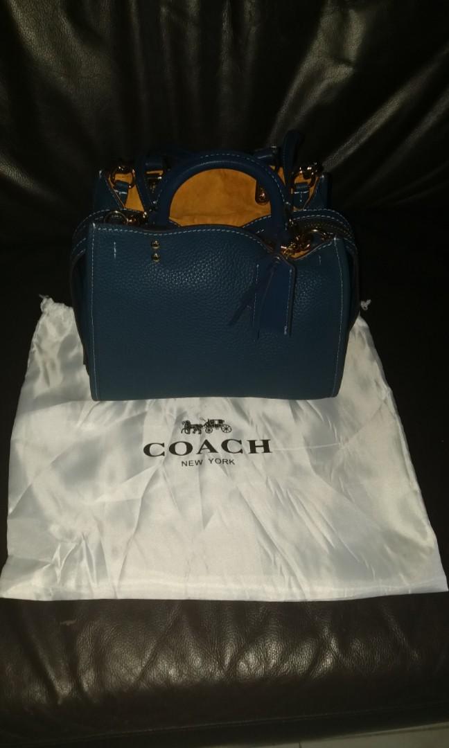 3750c030a0 Home · Women s Fashion · Bags   Wallets · Handbags. photo photo ...