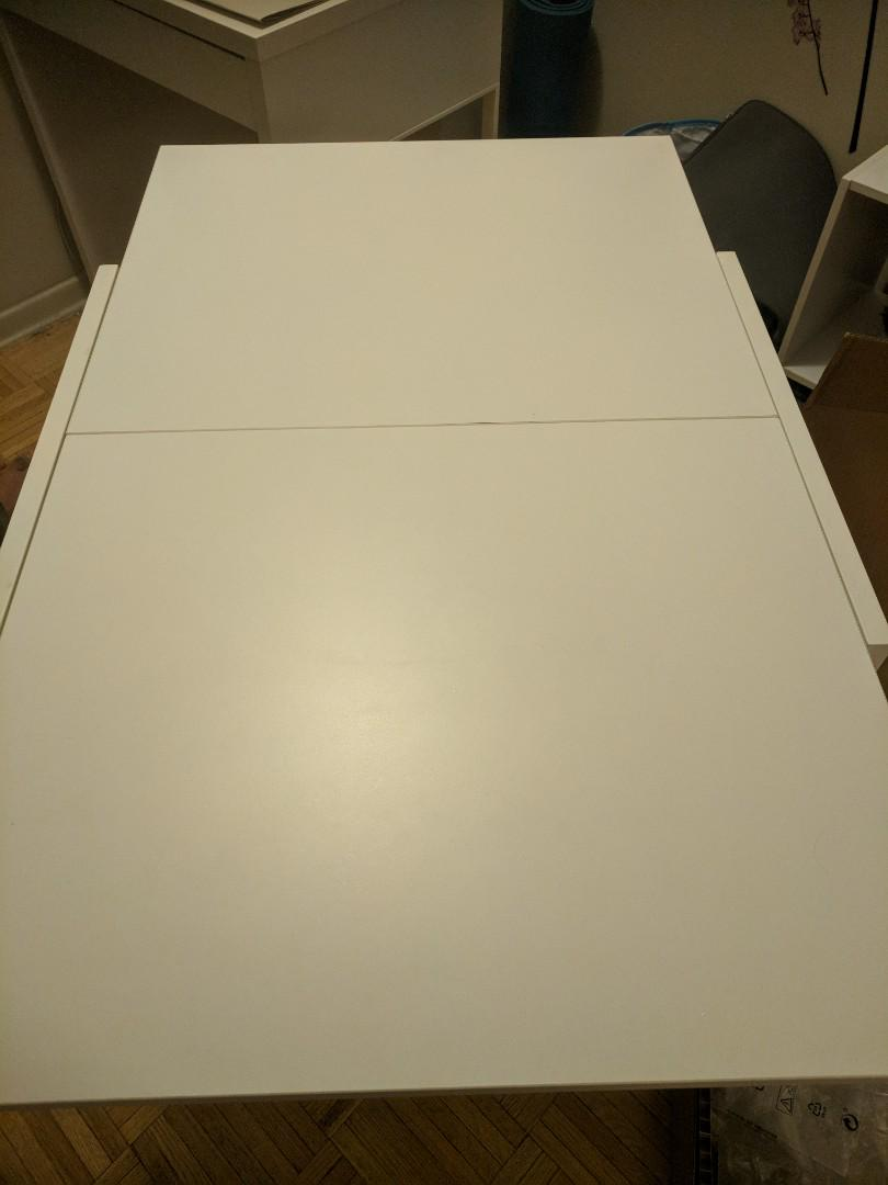 Folding desk/table