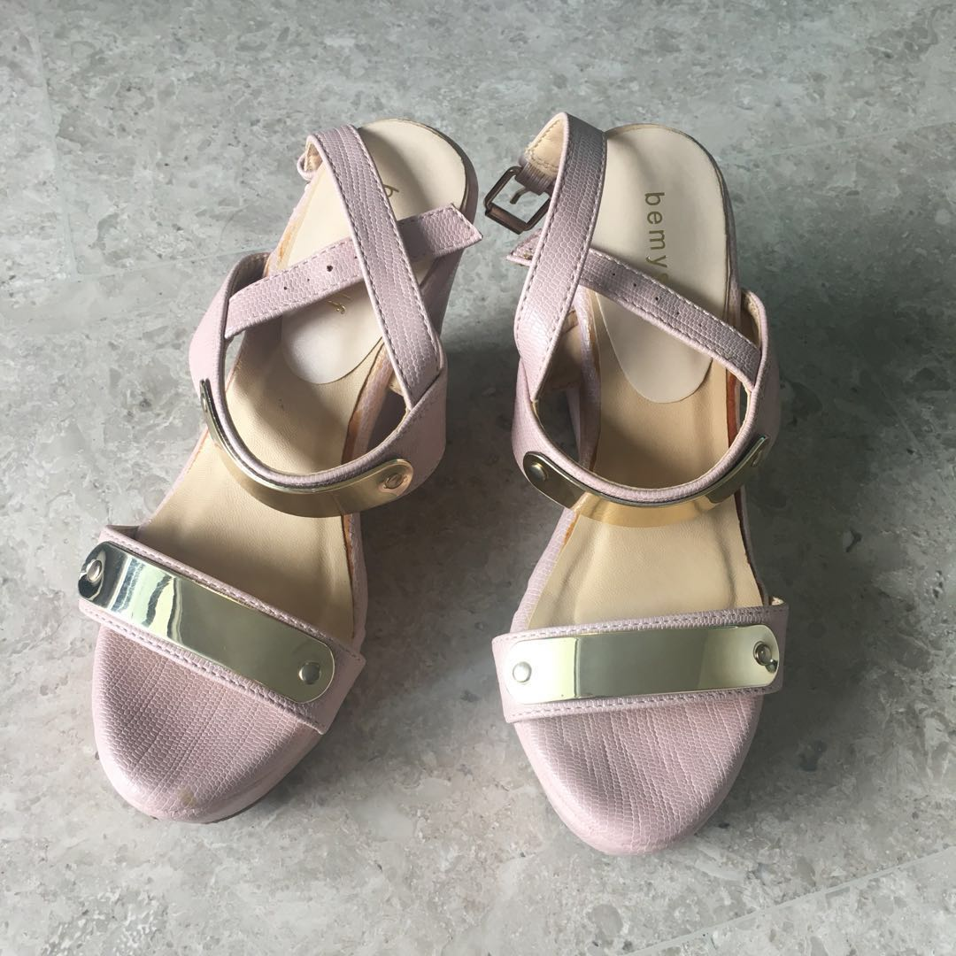 Blush Pink Wedge, Women's Fashion, Shoes, Heels on Carousell