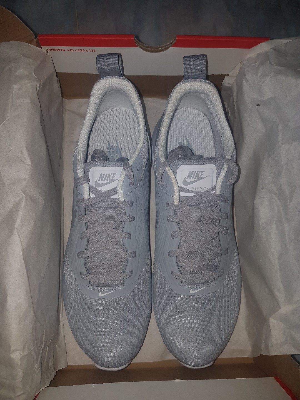 5653b51f5b1d83 Nike Air Max Tavas