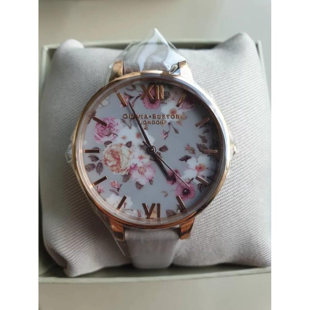 19fb355f3 Olivia Burton Women Watch (Flower Show Big Dial Gold Watch), Women's  Fashion, Watches on Carousell