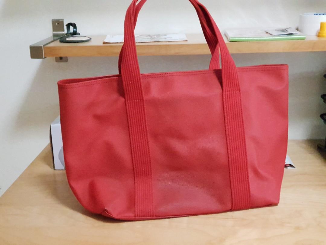 5a40f00f25ee Original Lacoste Bag