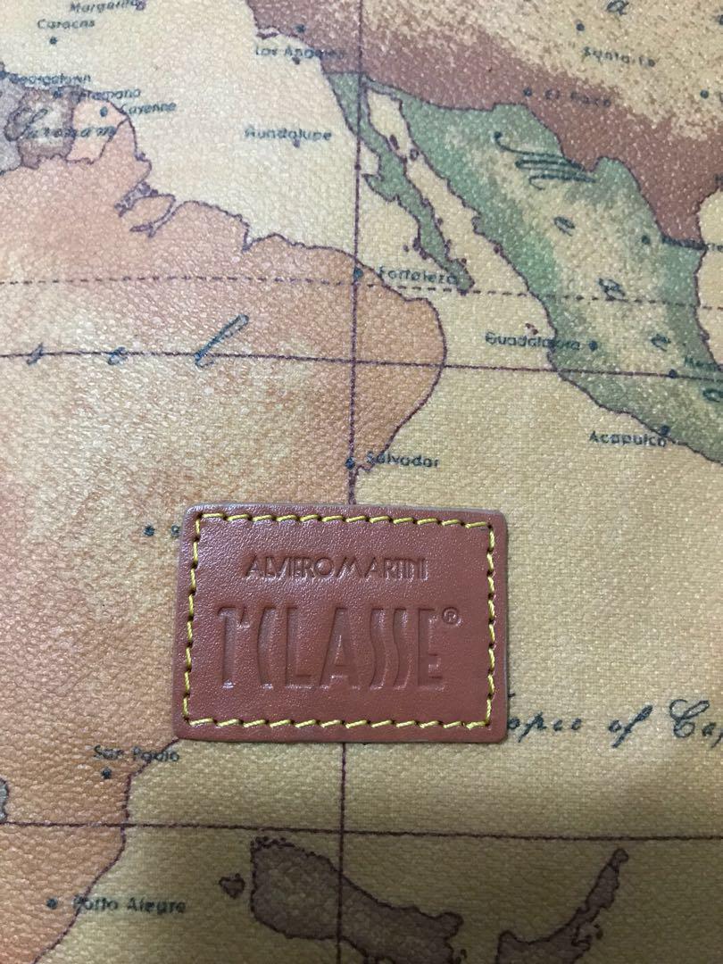 ✨SALE✨💯 AUTHENTIC ORIGINAL ALVIERO MARTINI SLING BAG