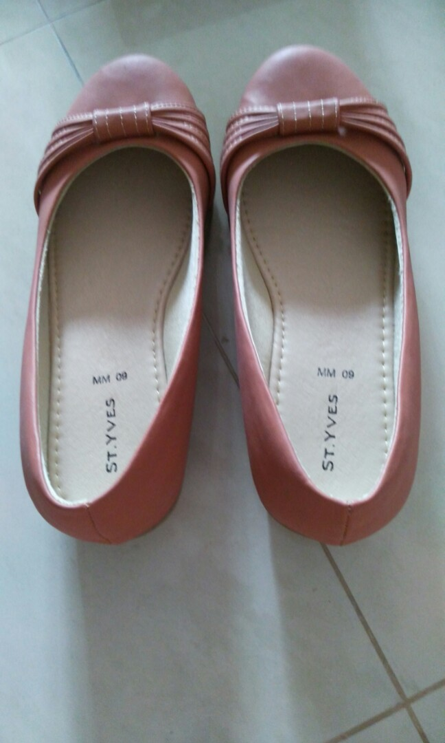 St. Yves brown wedges shoes 9c02da28a1