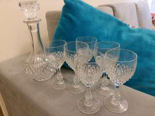 水晶酒瓶連杯(套裝)加送名厰水晶薄水杯兩隻(大平賣,勿失良機)