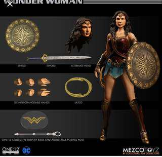 Mezco Wonder woman 神奇女俠 hottoys mafex marvel legends Shf 水行俠 閃電俠 美國隊長