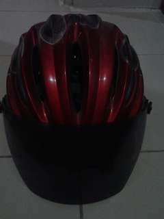 Helm sepeda #UBLFAIR