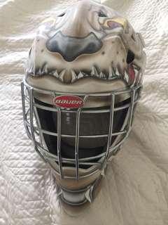 Bulldog Bauer Helmet