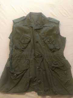 Green Vest - medium/large
