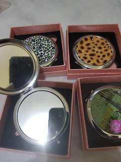 Lot of 4 compact mirrors