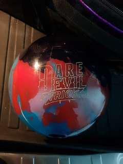 Used Roto grip Daredevil Trick 14lb bowling ball